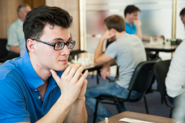 http://www.chesspro.ru/_images/gal/all_photos/8227.jpg